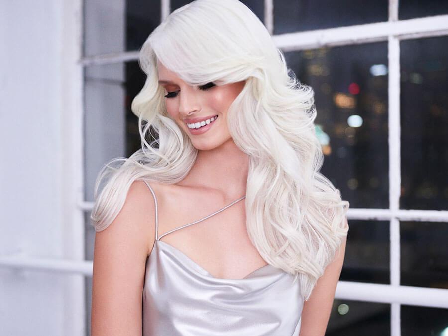 Blonde Life creme lightener hair model