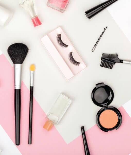 Makeup brushes and makeup