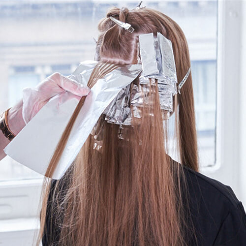 Champagne Ice Blonde hair color technique step 4