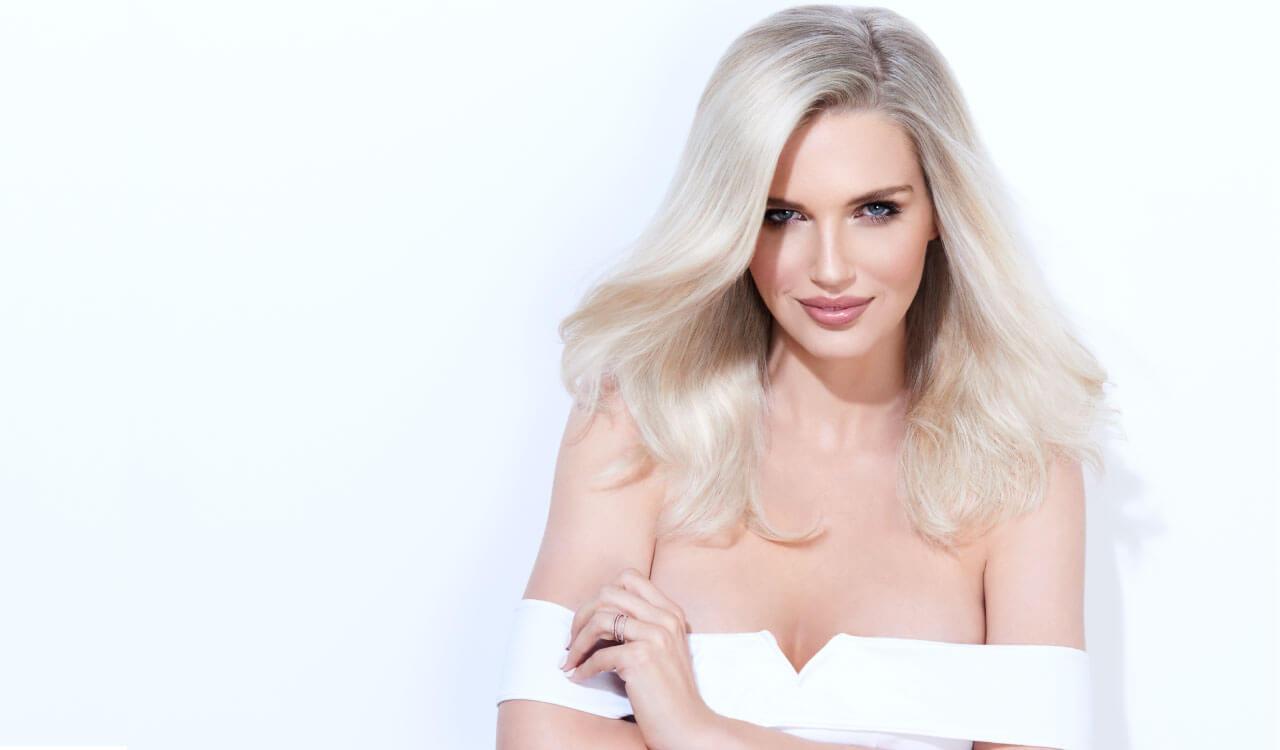 Cream blonde hair color technique model after