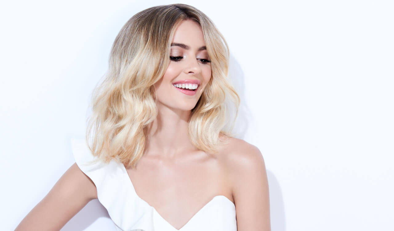 Flash blonde hair color technique model after