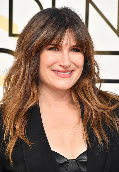 Kathryn Hahn hair color and cut at the golden globe awards