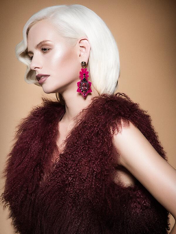Sevda Durukan hair model showing bright blonde hair color