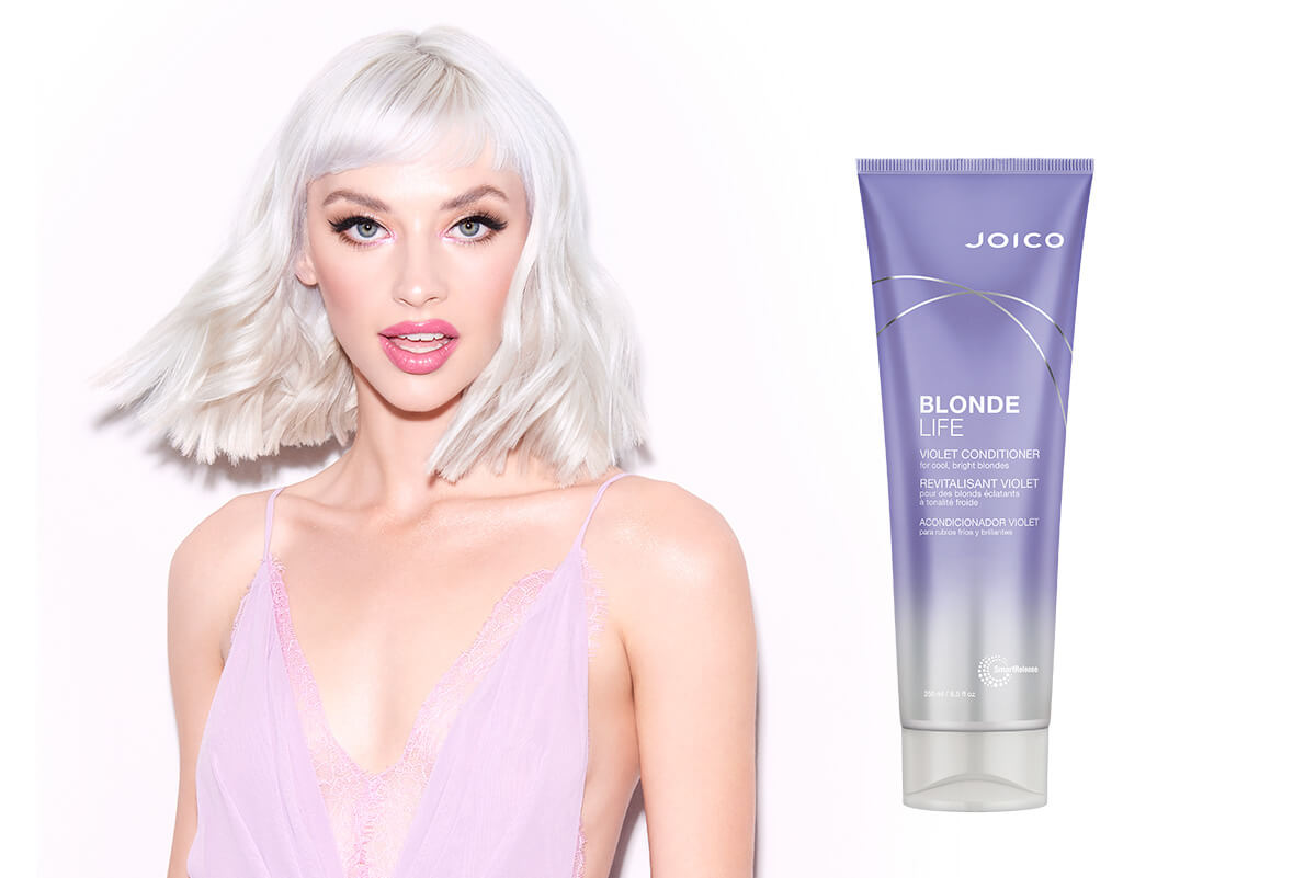 Blonde Life Conditioner Model with product