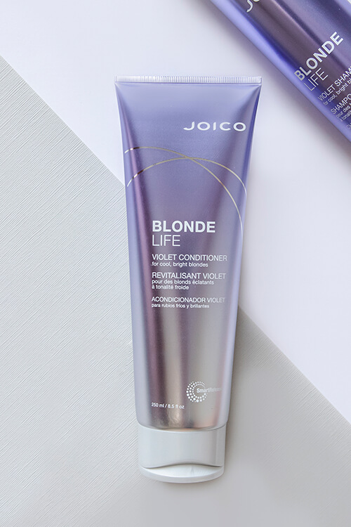 Blonde Life Violet Conditioner bottle