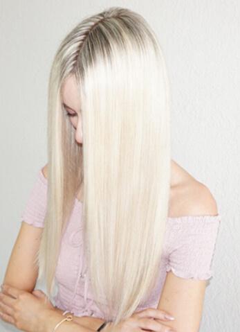Olivia Smalley Blonde life model