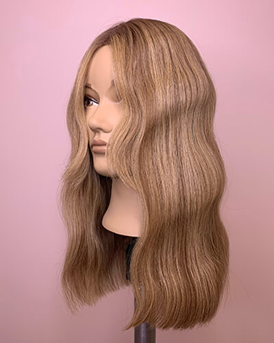 Mannequin hair with highlited blonde hair