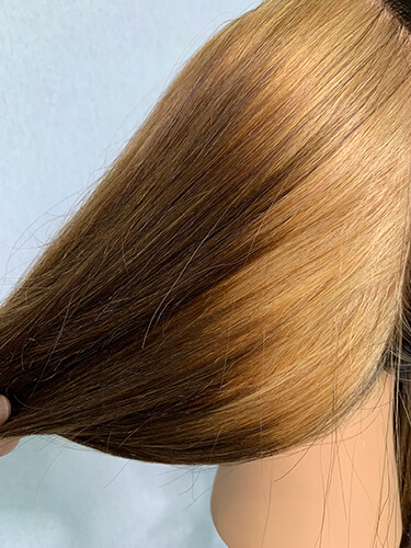 Mannequin hair with roots