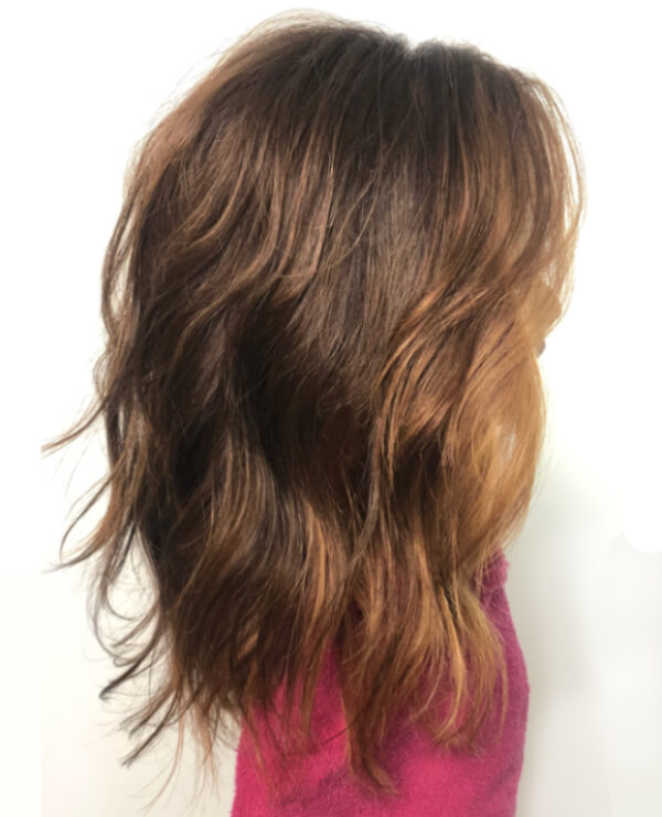 Mannequin head with wavy hair