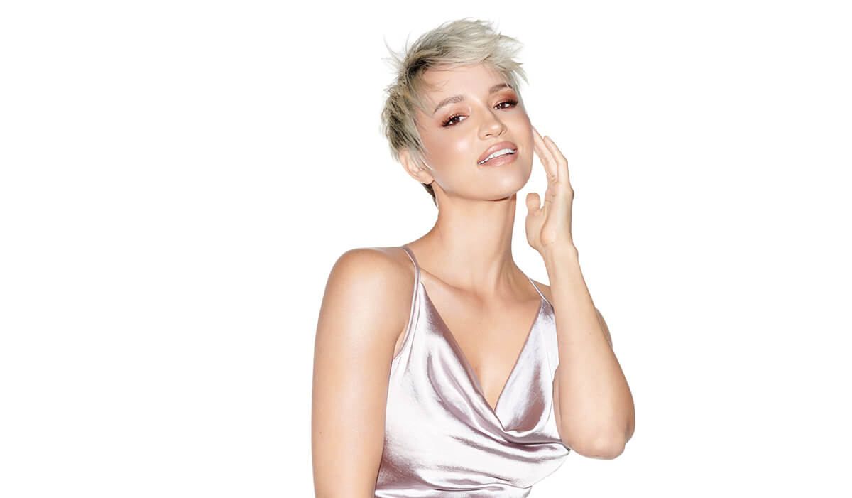 Model with ice blonde pixie hair