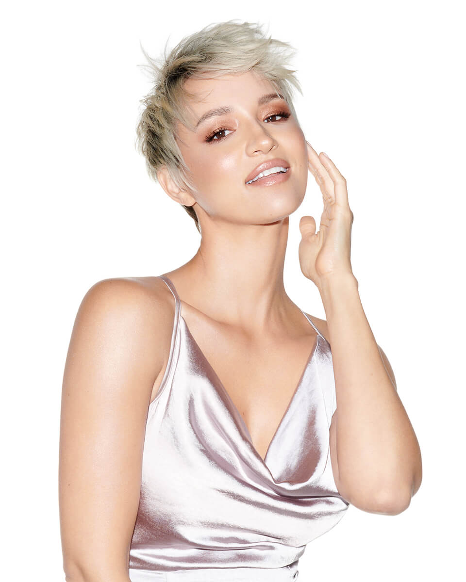 Model with short blonde pixie haircut