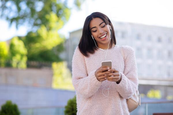 Women on cellphone