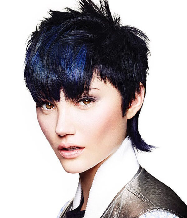 Women with blue mullet